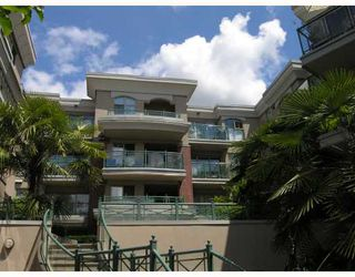 """Photo 9: 113-332 Lonsdale Avenue in North Vancouver: Lower Lonsdale Condo for sale in """"CALYPSO"""" : MLS®# V790136"""