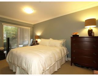 "Photo 6: 113-332 Lonsdale Avenue in North Vancouver: Lower Lonsdale Condo for sale in ""CALYPSO"" : MLS®# V790136"