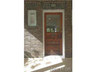 Photo 2: 1516 Pembroke Street in VICTORIA: Vi Fernwood Single Family Detached for sale (Victoria)  : MLS®# 276629