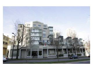 "Photo 2: A401 431 PACIFIC Street in Vancouver: Downtown VW Condo for sale in ""PACIFIC POINT"" (Vancouver West)  : MLS®# V823028"