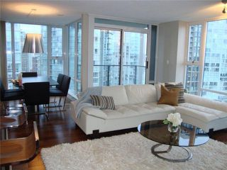 """Photo 2: 2106 583 BEACH Crescent in Vancouver: False Creek North Condo for sale in """"PARKWEST II"""" (Vancouver West)  : MLS®# V839365"""
