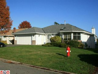 """Photo 1: 5642 SUNDALE Grove in Surrey: Cloverdale BC House for sale in """"SUNRISE ESTATES"""" (Cloverdale)  : MLS®# F1027237"""