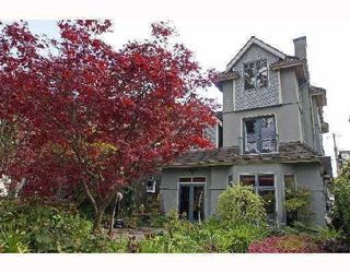 Photo 3: 3310 W 1ST Avenue in Vancouver: Kitsilano House 1/2 Duplex for sale (Vancouver West)  : MLS®# V733541