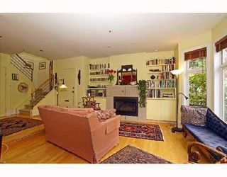 Photo 5: 3310 W 1ST Avenue in Vancouver: Kitsilano House 1/2 Duplex for sale (Vancouver West)  : MLS®# V733541