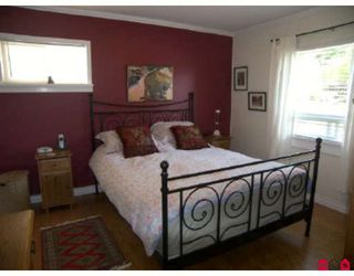 Photo 5: 1399 130TH Street in Surrey: Crescent Bch Ocean Pk. House for sale (South Surrey White Rock)  : MLS®# F2827025