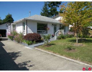 Photo 2: 1399 130TH Street in Surrey: Crescent Bch Ocean Pk. House for sale (South Surrey White Rock)  : MLS®# F2827025