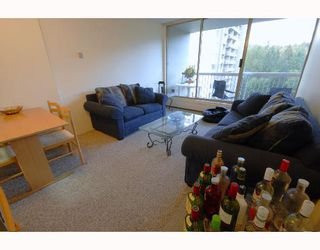 """Photo 3: 1206 2004 FULLERTON Avenue in North_Vancouver: Pemberton NV Condo for sale in """"WOODCROFT - WHYTECLIFF"""" (North Vancouver)  : MLS®# V740061"""