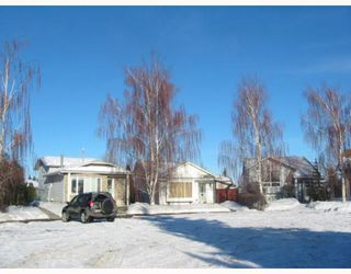 Photo 17: 8 MILLCREST Green SW in CALGARY: Millrise Residential Detached Single Family for sale (Calgary)  : MLS®# C3361633