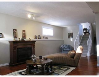 Photo 5: 8 MILLCREST Green SW in CALGARY: Millrise Residential Detached Single Family for sale (Calgary)  : MLS®# C3361633