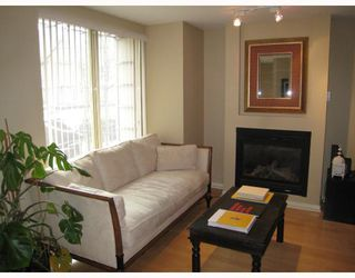 Photo 4: TH14 939 RICHARDS Street in Vancouver: Downtown VW Townhouse for sale (Vancouver West)  : MLS®# V756450