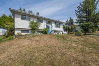 Photo 1: 34079 FRASER Street in Abbotsford: Central Abbotsford House for sale : MLS®# R2398789