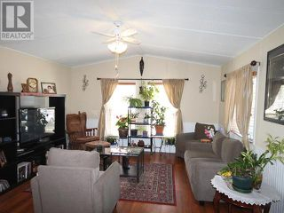 Photo 4: 53 - 98 OKANAGAN AVE E in Penticton: House for sale : MLS®# 179846