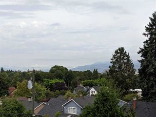 Photo 8: 302 523 W KING EDWARD Avenue in Vancouver: Cambie Condo for sale (Vancouver West)  : MLS®# R2402990