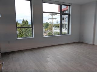 Photo 7: 302 523 W KING EDWARD Avenue in Vancouver: Cambie Condo for sale (Vancouver West)  : MLS®# R2402990