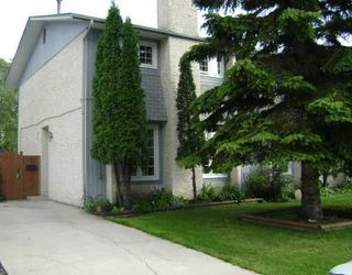 Photo 1:  in WINNIPEG: North Kildonan Residential for sale (North East Winnipeg)  : MLS®# 2914568