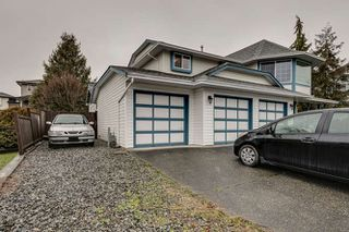 Photo 2: 12073 249A Street in Maple Ridge: Websters Corners House for sale : MLS®# R2435166