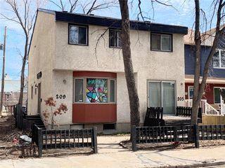 Photo 2: 209 Langside Street in Winnipeg: West Broadway Residential for sale (5A)  : MLS®# 202009154