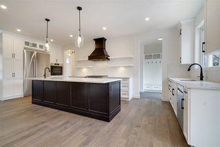 Photo 3: 10406 138 Street in Edmonton: Zone 11 House for sale : MLS®# E4199742