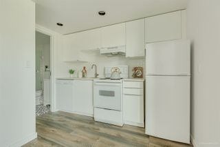 """Photo 3: 1002 933 SEYMOUR Street in Vancouver: Downtown VW Condo for sale in """"The Spot"""" (Vancouver West)  : MLS®# R2489308"""