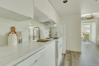 """Photo 4: 1002 933 SEYMOUR Street in Vancouver: Downtown VW Condo for sale in """"The Spot"""" (Vancouver West)  : MLS®# R2489308"""