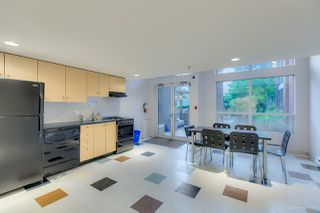 """Photo 20: 1002 933 SEYMOUR Street in Vancouver: Downtown VW Condo for sale in """"The Spot"""" (Vancouver West)  : MLS®# R2489308"""