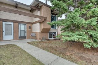 Photo 2: 103 RUNDLEWOOD Lane NE in Calgary: Rundle Semi Detached for sale : MLS®# A1036355