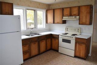 Photo 4: 1013 Cavalier Drive in Winnipeg: Residential for sale (5H)  : MLS®# 202025407