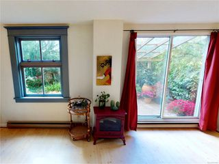 Photo 8: 102 120 Douglas St in : Vi James Bay Condo for sale (Victoria)  : MLS®# 857883