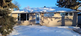 Photo 1: 814 W Avenue North in Saskatoon: Mount Royal SA Residential for sale : MLS®# SK838740