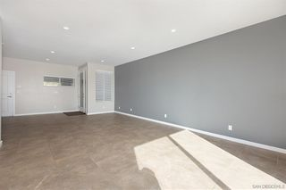 Photo 7: SAN DIEGO House for sale : 3 bedrooms : 6232 Osler St