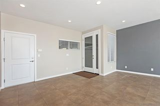 Photo 5: SAN DIEGO House for sale : 3 bedrooms : 6232 Osler St