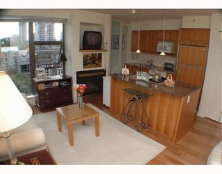 """Photo 2: 701 1723 ALBERNI Street in Vancouver: West End VW Condo for sale in """"THE PARK"""" (Vancouver West)  : MLS®# V788776"""