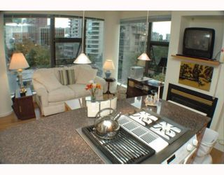 """Photo 5: 701 1723 ALBERNI Street in Vancouver: West End VW Condo for sale in """"THE PARK"""" (Vancouver West)  : MLS®# V788776"""