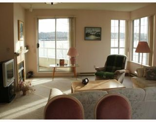 """Photo 3: 220 1150 QUAYSIDE Drive in New Westminster: Quay Condo for sale in """"WESTPORT"""" : MLS®# V802014"""