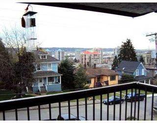 Photo 1: 304 1025 CORNWALL Street in New Westminster: Uptown NW Condo for sale : MLS®# V812409
