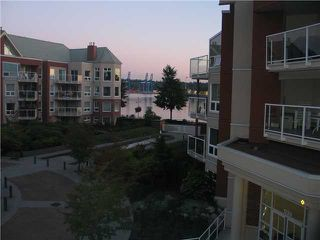 Photo 2: 308 1240 QUAYSIDE Drive in New Westminster: Quay Condo for sale : MLS®# V852183