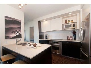 "Photo 6: 605 2851 HEATHER Street in Vancouver: Fairview VW Condo for sale in ""TAPESTRY"" (Vancouver West)  : MLS®# V854488"