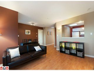 "Photo 5: 306 10678 138A Street in Surrey: Whalley Condo for sale in ""CRESTVIEW GARDEN"" (North Surrey)  : MLS®# F1028039"