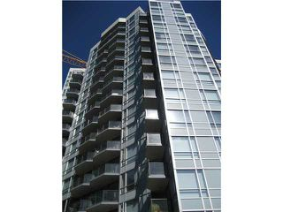 "Photo 2: 401 1212 HOWE Street in Vancouver: Downtown VW Condo for sale in ""1212 HOWE"" (Vancouver West)  : MLS®# V866406"