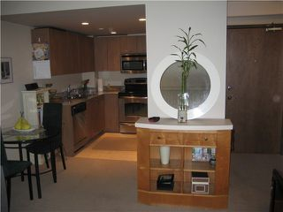 "Photo 7: 401 1212 HOWE Street in Vancouver: Downtown VW Condo for sale in ""1212 HOWE"" (Vancouver West)  : MLS®# V866406"