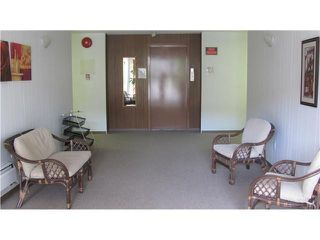 """Photo 9: 306 910 5TH Avenue in New Westminster: Uptown NW Condo for sale in """"GROSVENOR COURT"""" : MLS®# V866768"""