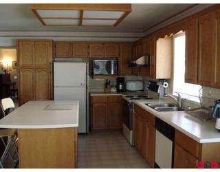 "Photo 6: 14428 18A Avenue in Surrey: Sunnyside Park Surrey House for sale in ""SUNNYSIDE PARK"" (South Surrey White Rock)  : MLS®# F2910851"