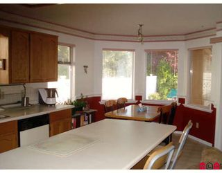 "Photo 7: 14428 18A Avenue in Surrey: Sunnyside Park Surrey House for sale in ""SUNNYSIDE PARK"" (South Surrey White Rock)  : MLS®# F2910851"