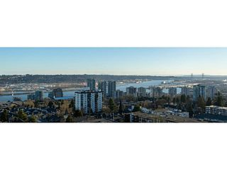 "Photo 1: 1301 258 SIXTH Street in New Westminster: Uptown NW Condo for sale in ""258"" : MLS®# R2395486"
