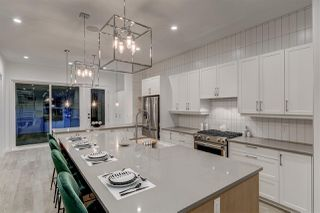 Photo 2: 10530 134 Street in Edmonton: Zone 11 House for sale : MLS®# E4174419
