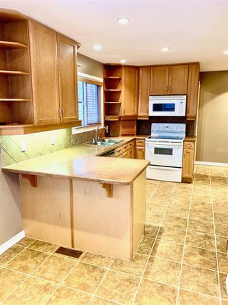 Photo 7: 8351 151 Street in Edmonton: Zone 22 House for sale : MLS®# E4181575