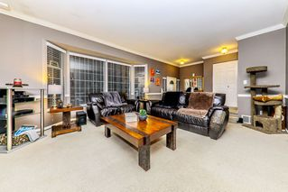 "Photo 3: 10171 262 Street in Maple Ridge: Thornhill MR House for sale in ""THORNHILL ACREAGE ESTATES"" : MLS®# R2428639"