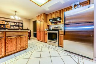 "Photo 5: 10171 262 Street in Maple Ridge: Thornhill MR House for sale in ""THORNHILL ACREAGE ESTATES"" : MLS®# R2428639"