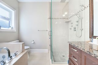 Photo 15: 4857 OXFORD Street in Burnaby: Capitol Hill BN House for sale (Burnaby North)  : MLS®# R2445848