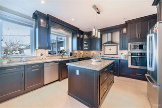 Photo 8: 4857 OXFORD Street in Burnaby: Capitol Hill BN House for sale (Burnaby North)  : MLS®# R2445848